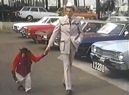 Cal Worthington Ford Anchorage >> Cal Worthington Car Dealer Who Combined Showmanship With