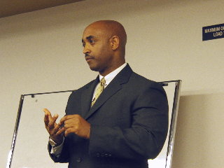 LBPD Chief Batts, Feb. 17/05