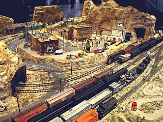 Model train show Feb 20/05