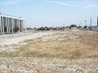 Lowenthal visits Woodruff Ave. condo site July 11/03